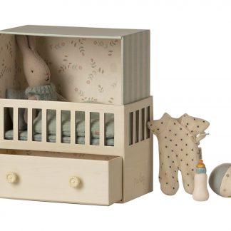 maileg babykamer met micro rabbit